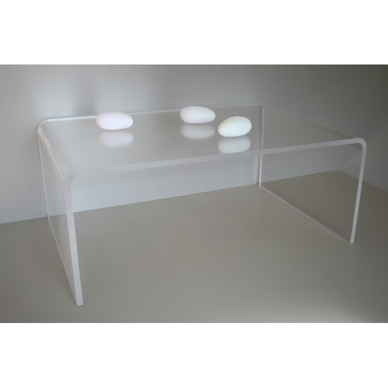 amazing table basse en plexiglas with table gigogne plexiglas. Black Bedroom Furniture Sets. Home Design Ideas